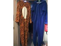 Ones' sleepsuits