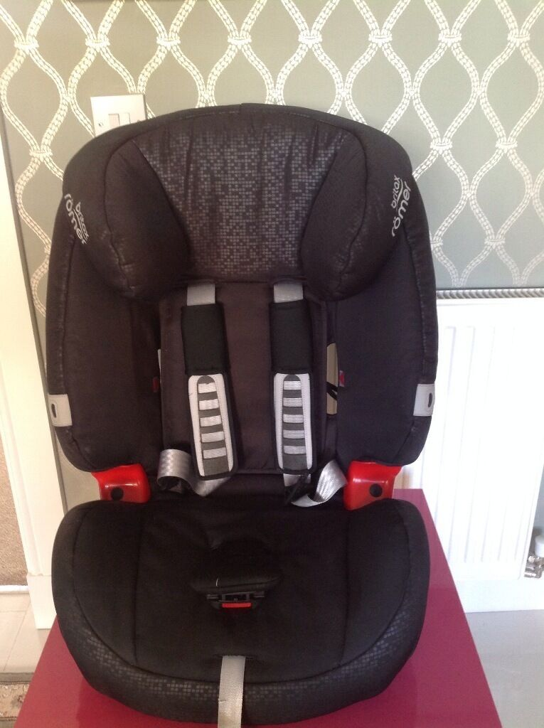 For sale Britax Römer Evolva Car Seat, from 9 months to 12 years old (9 36kgsin Newton Mearns, GlasgowGumtree - For sale Britax Römer Evolva Car Seat, Group 1/2/3, Universal Forward facing childrens car seat, this seat grows with the child suitable for use from 9 36 kg , (approximately 9 months to 12 years), approved by the European safety standards so...