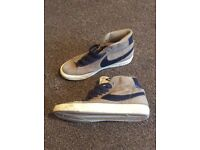 Ladies Nike trainers size 3