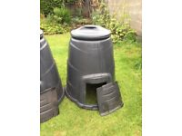 Black compost bins