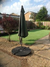 Cantilever umbrella with base weights and cover included