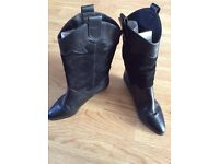 Black leather and suede vintage boots