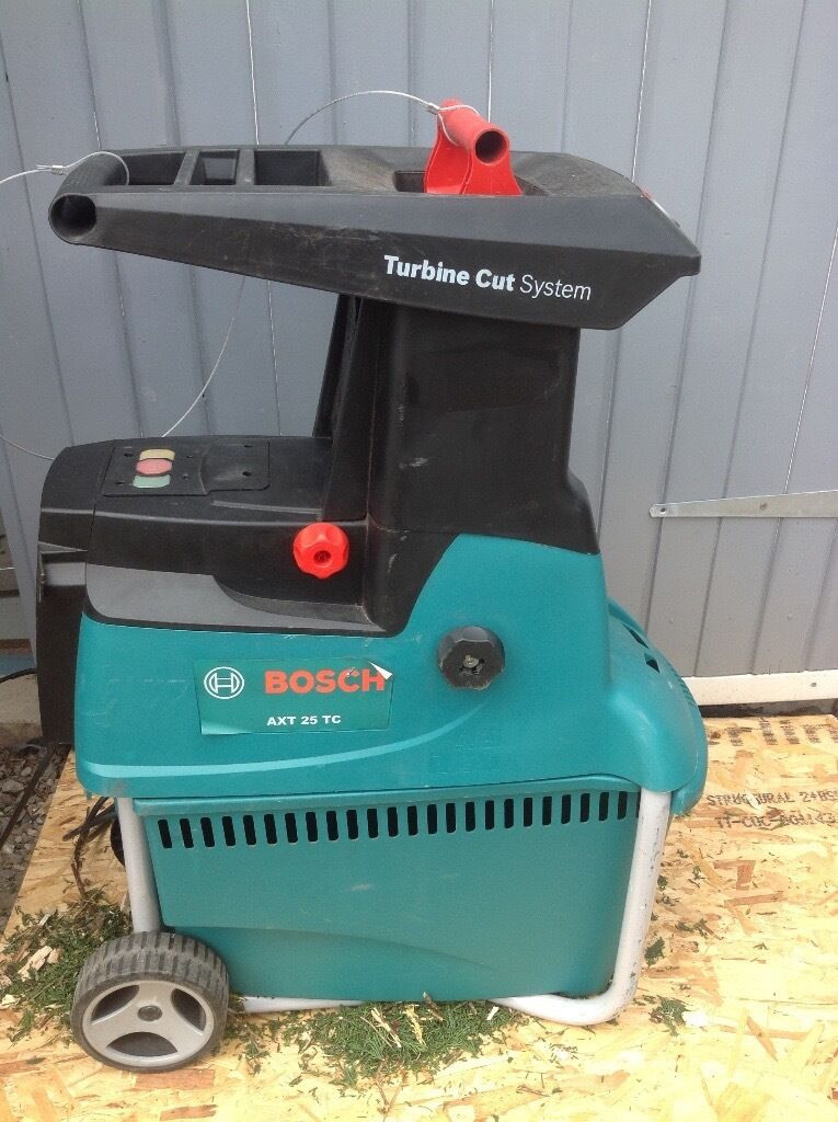 bosch axt 25 tc garden shredder chipper in dunfermline fife gumtree. Black Bedroom Furniture Sets. Home Design Ideas