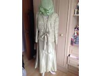Mother of the bride suit in green size 16