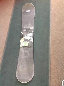Rossingnol Snowboard (no bindings).