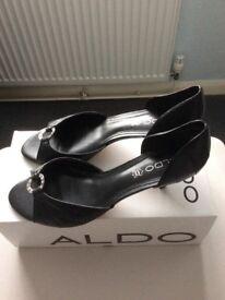 Aldo Ladies size 7 shoes