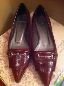 Carvellas shoes