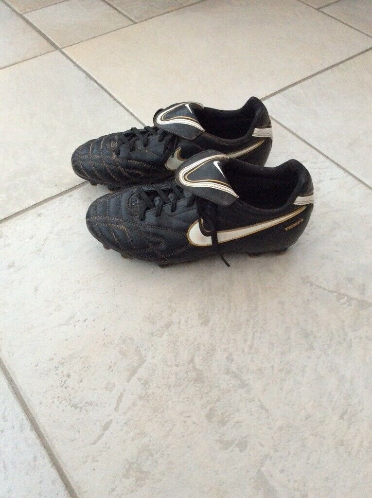 new style f7b53 de05d Nike Tiempo Black Leather Studs Football Boots | in Heath, Cardiff | Gumtree
