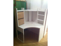 White, Sturdy Corner Desk / Workstation – Good Condition. Perfect for Home Study