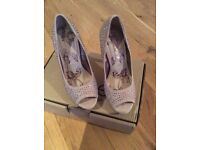 PROM SHOES/ WEDDING SHOES/SPECIAL OCCASION SHOES