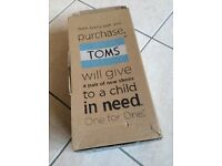 TOMS - casual slip on espadrilles size 10