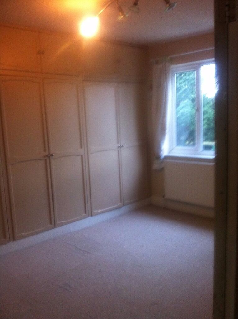 A VERY NICE 3 BED HOUSE TO LET