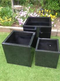 Set of 3 galvanised pewter colour cube planters
