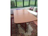 Leaf drop folding dining table