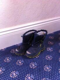 Childrens Snow Boots UK 2