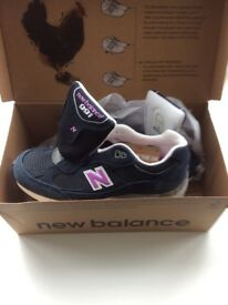 New balance women's trainers size 4