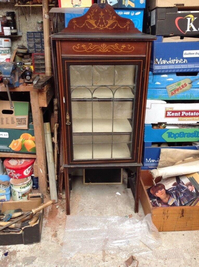 Pretty little display cabinet
