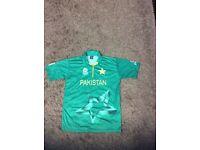 Pakistan cricket shirt 2016 icc world twenty20 Mohammed Amir £20 bargain