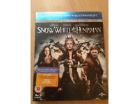 Blu-ray DVD Snow White & The Huntsman: Extended Collector's Edition.