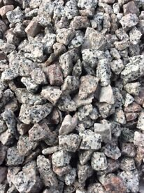 20 mm silver granite garden and driveway chips/stones