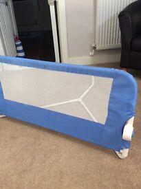 Bed lindum rail guard blue toddler £10