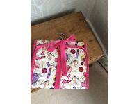 Hanging wash bag/cosmetic purse