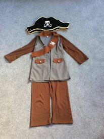 Children 3 in 1 costume Pirate Indian Cow boy age 5-7