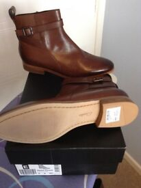 Ladies Clarks Brown Boots Size 6