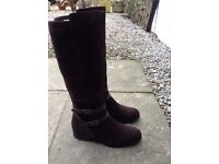 Marks and Spencer boots size 4 NEW