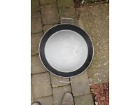 Large non stick paella pan ideal for commercial or just a large family