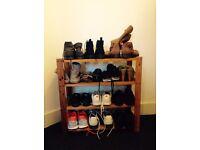 Pine shoe stand