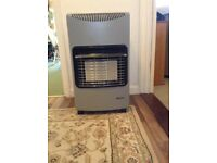 Igenix Calor gas heater almost new, never used. £40.00