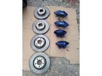 BMW 1,2,3 SERIES F1X.F2X,F3X,F4X M SPORT BREMBO BRAKES AND DISCS MINT CONDITION