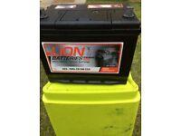 12 volt heavy duty battery