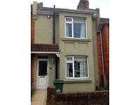 6 BED STUDENT HOUSE IN ELM GROVE AREA, Totland Road (Ref: 153)