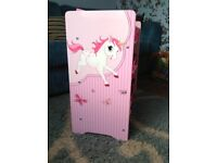 Pink unicorn and butterfly toy storage like new!