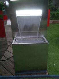 Stainless Steel blade water feature