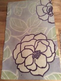 Nice flowers rug