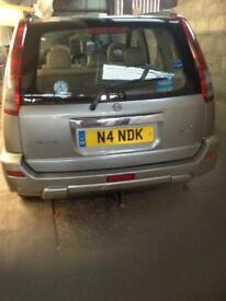 Nissan x trail for spare parts cheap