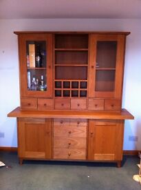 Beautiful Large Solid Oak Dresser - Immaculate as NEW condition