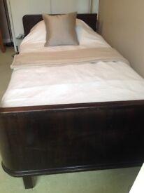Wide single retro bed