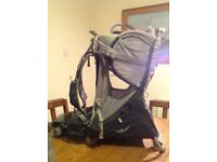 Osprey Poco Plus child carrier with built-in sunshade. Excellent condition.