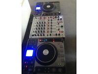 Stanton c324 CDJ turntables PAIR plus Behringer Djx 700 mixer