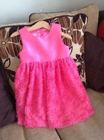 Bundle of girls clothing, age 4-5, 12 items