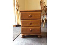 Pine 3 drawer cabinet