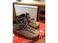 Hi Tec womens walking boots
