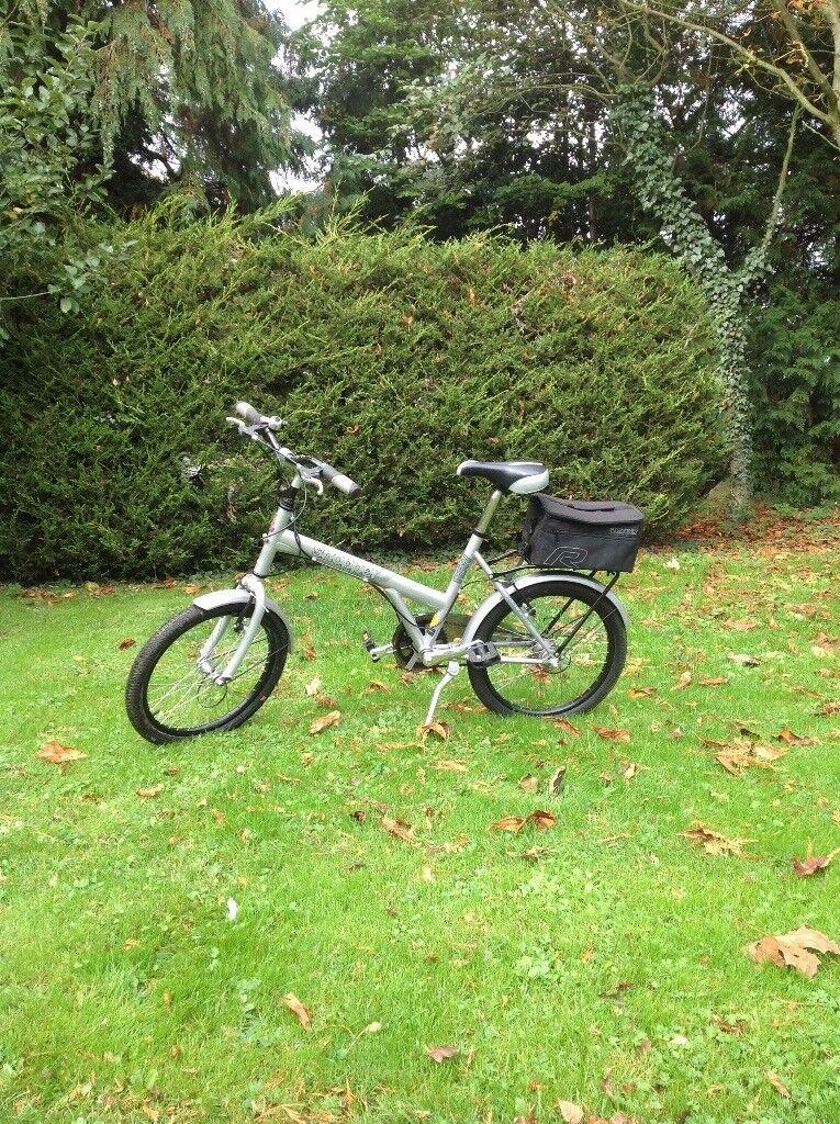 Super Little Bike excellent condition only recently purchased, sadly too small for my aged limbs!!