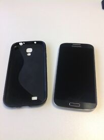 Samsung Galaxy S4 unlocked with protective case. Perfect condition with front + back camera all good