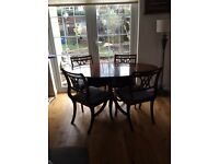🍽Oval 4-6 seater dining table and 4 chairs🍽