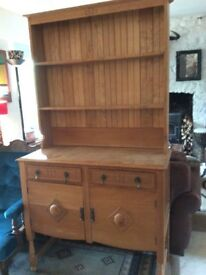 Beautiful solid Oak Dresser - offers considered